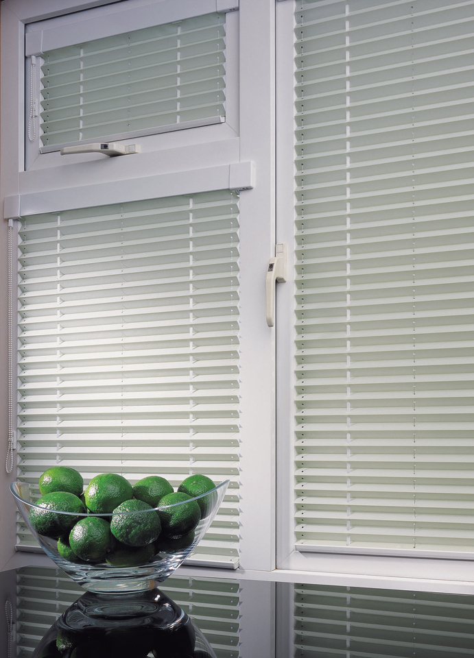 Easy Fit Pleated Blinds Measuring Amp Fitting